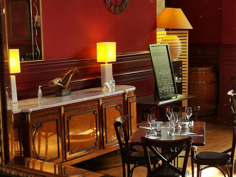 Salle intérieure du restaurant